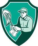 Escudo del paño de Cleaner Holding Mop del portero retro stock de ilustración