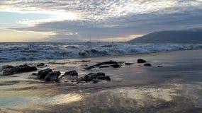 Escudos na praia foto de stock royalty free