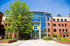 Escuela de Lillis del negocio en la universidad de Oregon fotografía de archivo