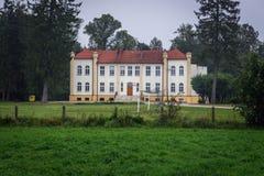 Escuela en Polonia Fotos de archivo libres de regalías