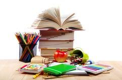 Escuela y materiales de oficina. Imagen de archivo libre de regalías