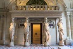 Esculpa en museo del Louvre foto de archivo
