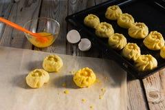 Esculpir o conceito do kurniki das tortas do russo Foto de Stock