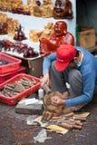 Escultor de madera Fotos de archivo libres de regalías
