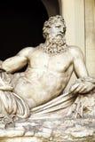 Escultura agradable en la Ciudad del Vaticano Imagen de archivo