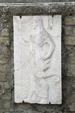 Escultura antigua de mármol de la diosa de Athena de la guerra a partir del período romano imagen de archivo libre de regalías