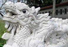 Escultura asiática del mármol del dragón Fotografía de archivo