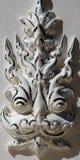 Escultura asiática del primer de la cara de la deidad del templo blanco i Imagen de archivo