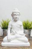 Escultura blanca de Buda Fotografía de archivo libre de regalías