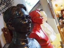 Escultura colorida de la cara Imagen de archivo