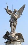 Escultura completa do corpo do arcanjo de St Michael Fotografia de Stock