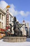 Escultura con los músicos en el centro de ciudad, Harbin, China Fotos de archivo