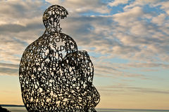 Escultura da difusão II que negligencia o Lago Michigan Foto de Stock