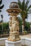 Escultura da fonte no pátio da igreja ortodoxo grega do casamento de Cana, Israel Imagem de Stock Royalty Free