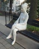 Escultura da mulher imagens de stock