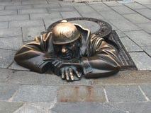 Escultura da rua de Bratislava fotos de stock royalty free