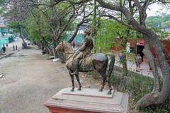 Escultura de bronze cavaleiro do 25 de março de 2018 em Kathmandu, Ne Imagens de Stock Royalty Free