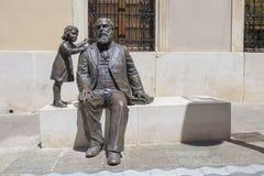 Escultura de bronze de Martin Belda, grande pol?tico do s?culo XIX carregado em Cabra, Espanha foto de stock royalty free