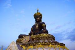 Escultura de Buda del jardín de Phetchabura Buda Imagenes de archivo