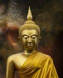Escultura de Gautama Buddha imagens de stock royalty free