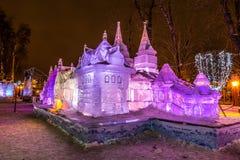 Escultura de hielo de un dragón Terem Cuentos de hadas de Pushkin Fotografía de archivo libre de regalías