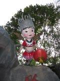 Escultura de la abeja de la muchacha Imagen de archivo libre de regalías