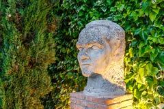 Escultura de la cabeza del poeta Federico Garcia Lorca fotografía de archivo