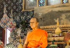 Escultura de la cera del abad en Wat Paknam Thailand Fotografía de archivo