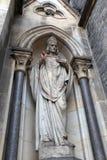 Escultura de la iglesia de St. Ludmila fotos de archivo libres de regalías