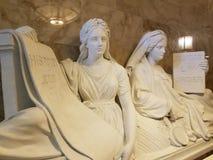 Escultura de la justicia y de la historia fotografía de archivo libre de regalías