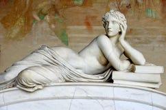 Escultura de la mujer fotos de archivo libres de regalías