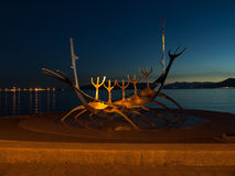 Escultura de la nave de Viking Fotografía de archivo libre de regalías