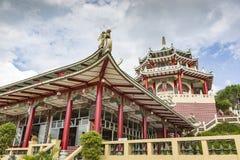 Escultura de la pagoda y del dragón del templo del Taoist en Cebú, Philip Foto de archivo libre de regalías
