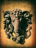 Escultura de la pared de las ovejas Foto de archivo libre de regalías