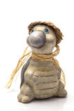 Escultura de la tortuga con un sombrero de paja Foto de archivo libre de regalías