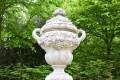 Escultura de la urna Fotografía de archivo