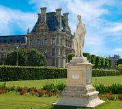 Escultura de los jardines de Tuileries Imagen de archivo libre de regalías