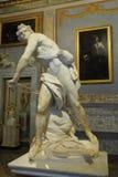 Escultura de mármore David por Gian Lorenzo Bernini na galeria Borghese imagem de stock