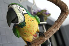 Escultura de madera del pájaro Imagen de archivo libre de regalías