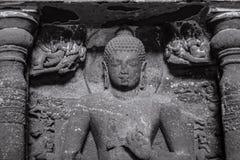 Escultura de pedra em cavernas de Ajanta Foto de Stock