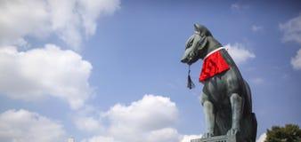 Escultura de piedra del zorro Fotografía de archivo libre de regalías