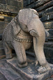 Escultura de piedra en templo hindú en Khajuraho, la India. Imagenes de archivo
