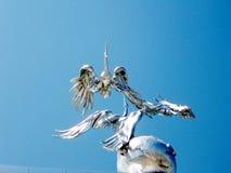 Escultura de Tashkent no arco 2007 de Ezgulik imagem de stock royalty free