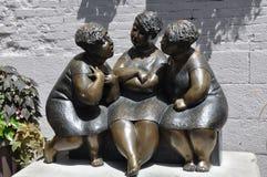 Escultura de três mulheres em Montreal Foto de Stock Royalty Free