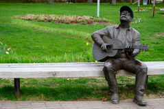 Escultura de um homem, Nida, Lituânia. foto de stock royalty free