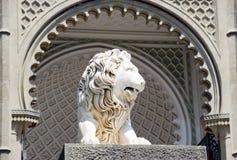 Escultura de um leão fotografia de stock royalty free