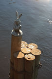 Escultura de uma lebre St Petersburg, Rússia Imagens de Stock