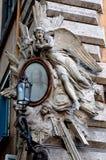 Escultura de un ángel con la cara de Jesús Imágenes de archivo libres de regalías