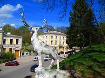 Escultura de un ciervo, Kamenets Podolskiy, Ucrania Imágenes de archivo libres de regalías