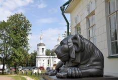 Escultura de un león Imagenes de archivo